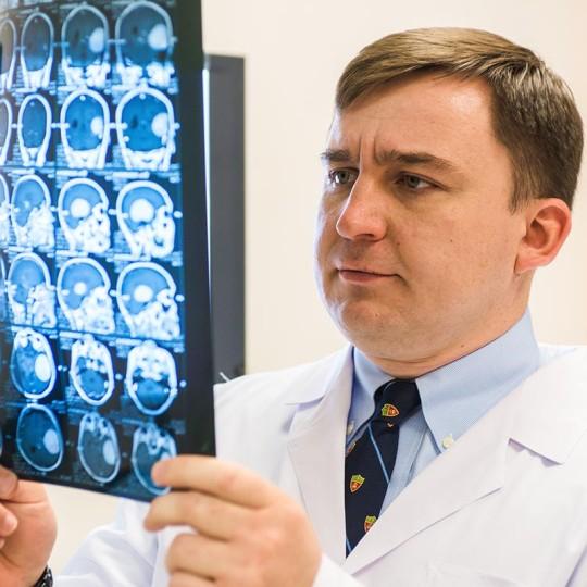 Портрет врача-нейрохирурга