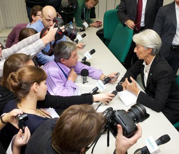 Пример съёмки прессконференции