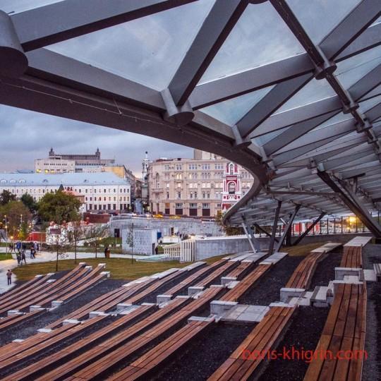 Парк Зарядье - новое чудо московской урбанизации...